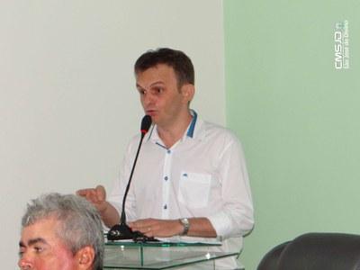 vice-prefeito Eleito Assis carvalho.jpg
